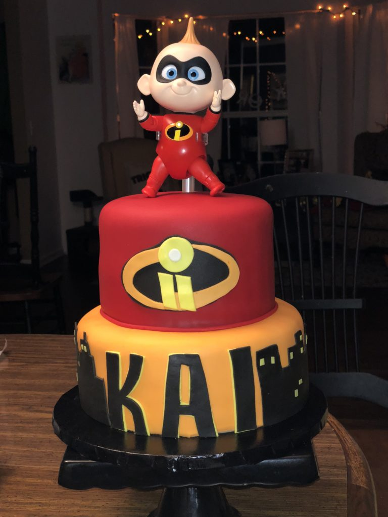incredibles-2-cake