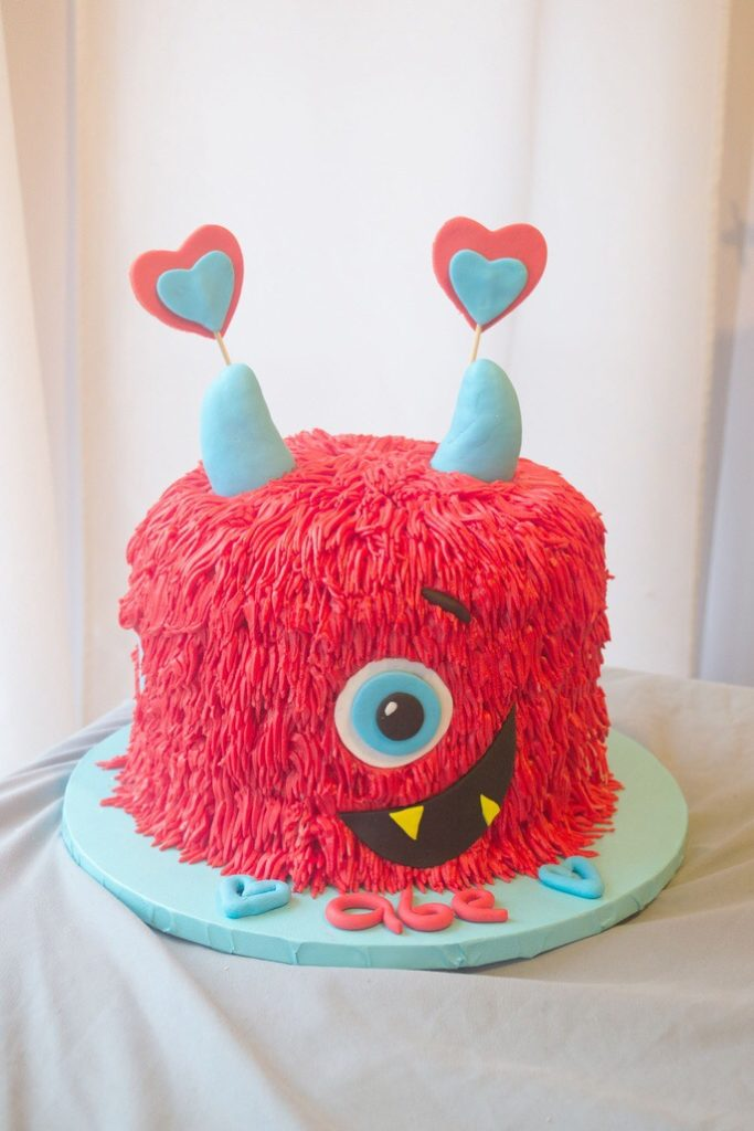 lovemonster-cake